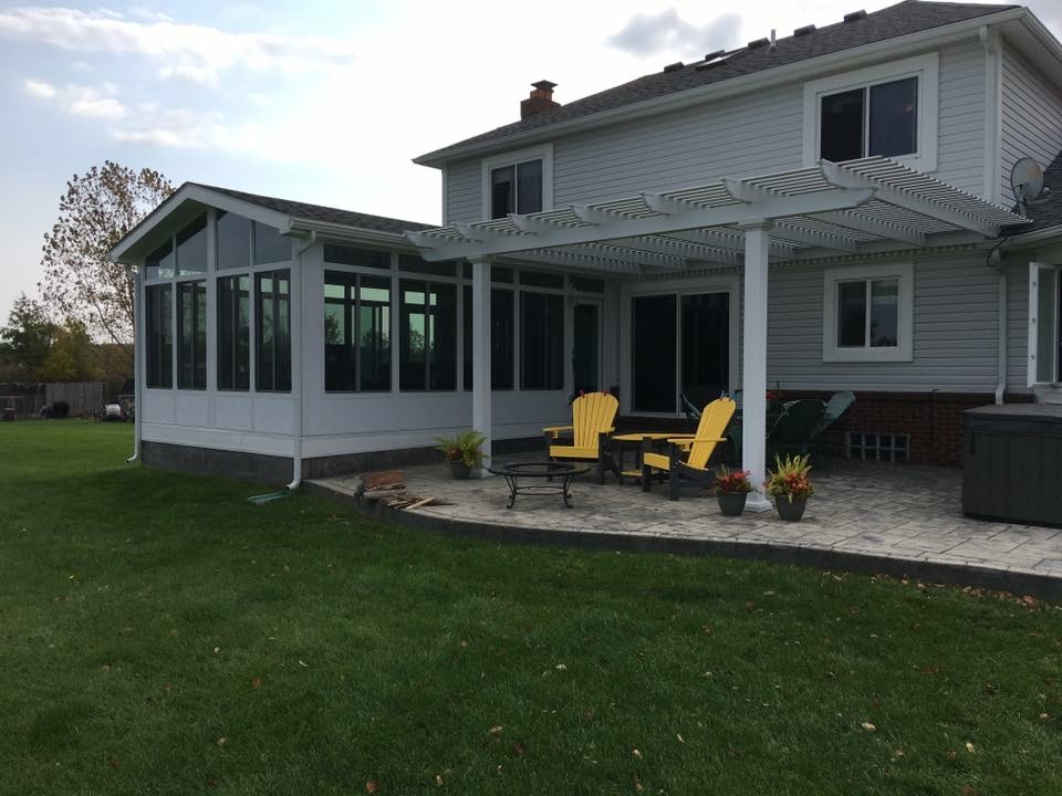 Sunroom-Pergola