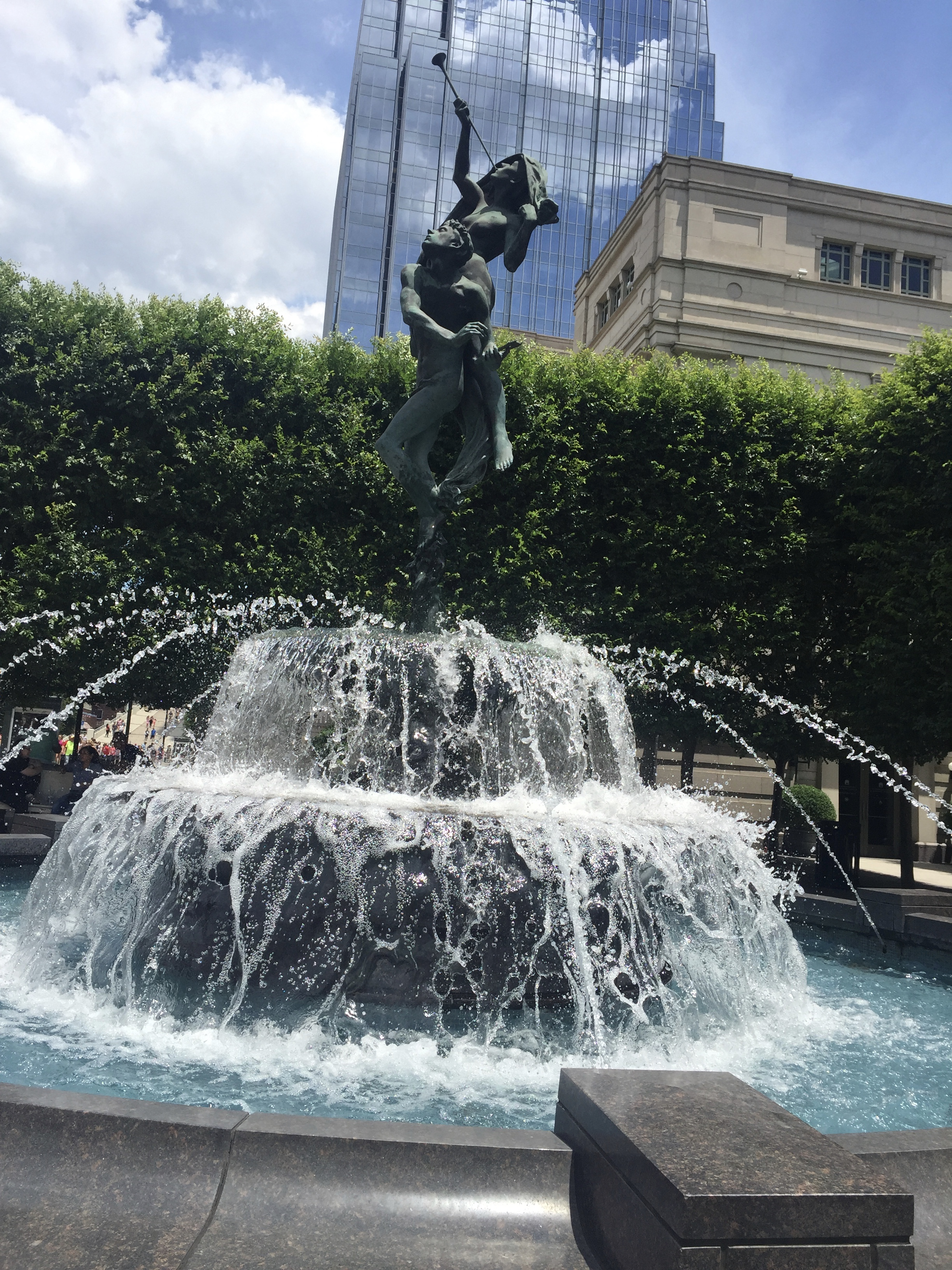 Whimsical statue and water fountain in downtown Nashville. Photo by Melody Pittman